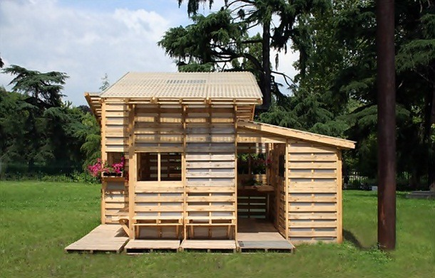palette cabane de jardin